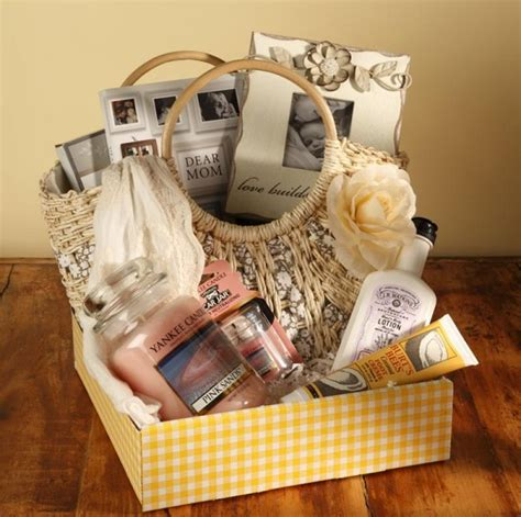 48 hour giveaway s day basket from cracker barrel