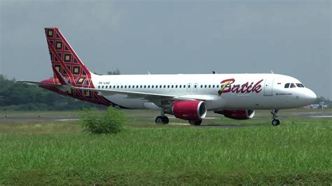 batik air jogja youtube hd batik air landing takeoff at yogyakarta adisutjipto