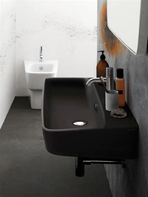 schwarzes badezimmer das ideen verziert schwarzes waschbecken f 252 r das badezimmer archzine net