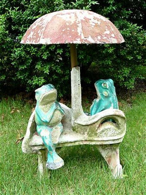 frog on bench vintage frogs on a bench garden statuary i love frogs