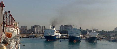 porto di bari traghetti luca turi porto di durazzo traghetto proveniente da