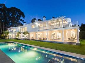 take a tour of michael strahan s new 17 million los