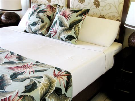 how to make a bed scarf island luxury king cal king bed scarf pillow set