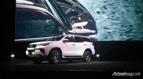 Seal Roda Belakang Toyota Fortuner Hilux Cabin akhirnya all new toyota fortuner 2016 indonesia resmi diluncurkan