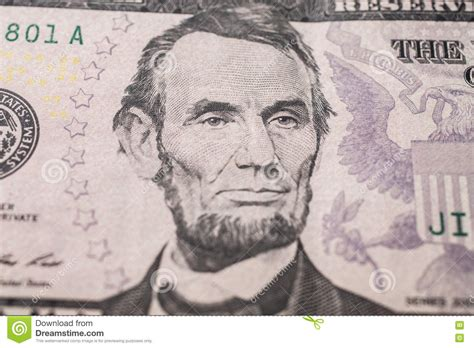 abraham lincoln on the five dollar bill portrait of us president abraham lincoln on the five