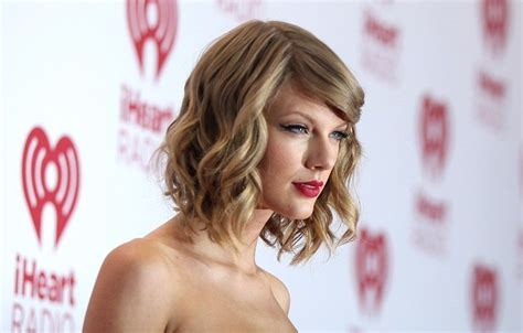 taylor swift quotes tattoo and short hair