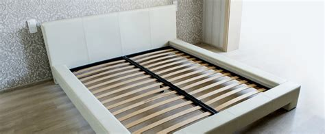 bed frame  mattress foundation  platform bed