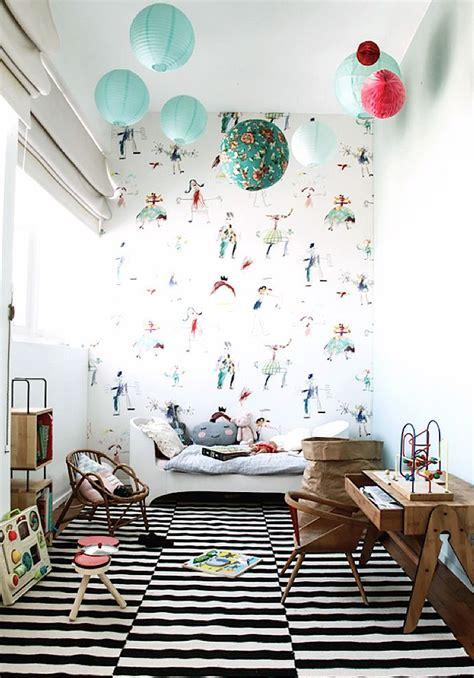 231 ocuk odası duvar kağıtları resim desenli kadınların