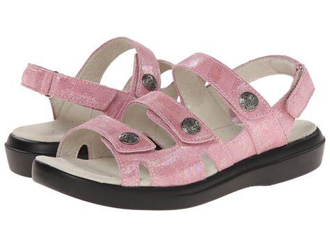 womens wide width sandals womens sandals xx wide width womens wide width shoes