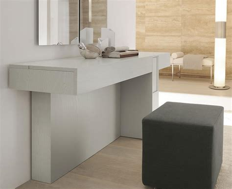 Prestige modern dressing table in various lacquered ash and wood