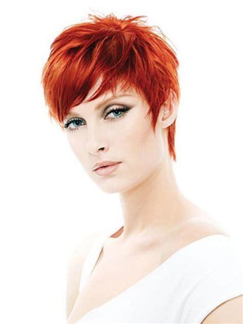 kurze rote haare frisuren dunkelblaue haare und