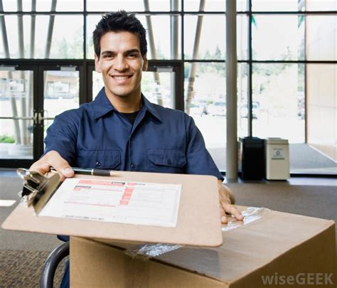 Delivery Driver by How Do I Become A Delivery Driver With Pictures