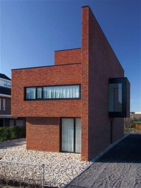 modern wall construction 1000 ideas about modern brick house on brick