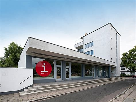 Bauhaus Dessau Walter Gropius by Konsum Building By Walter Gropius 1928 Bauhaus