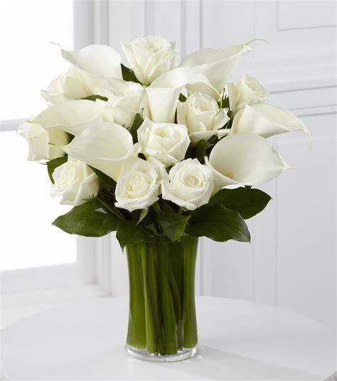 white and calla vase