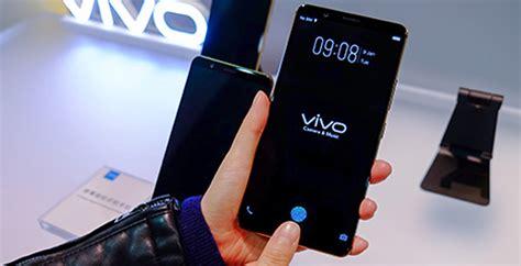 vivo beats apple  samsung   top smartphone