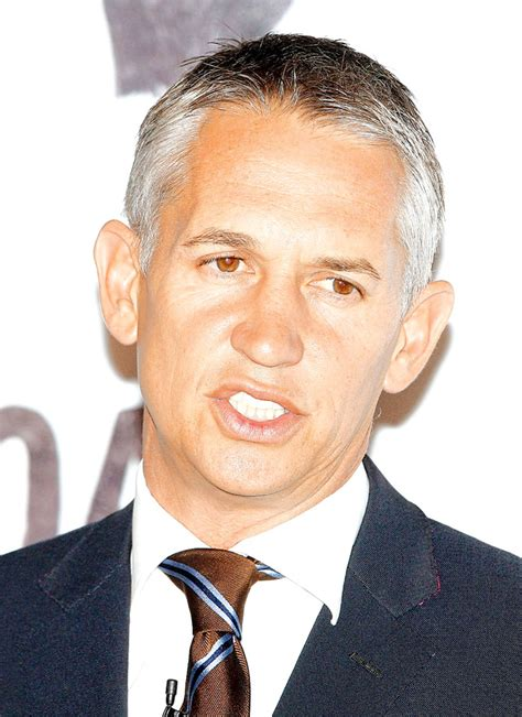 gary lineker mr nice footballer gary lineker becomes voice of post