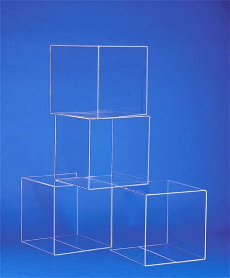 Supports de presentation, cubes, boites, cylindres, etc