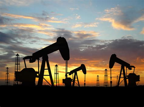 Bild Gas by Hovers Just Us 40 Plateau The Canadian Business