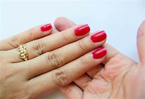 how to give a home manicure or pedicure 6 steps