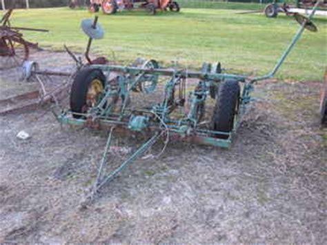 Deere 290 Corn Planter Parts by Used Farm Tractors For Sale Deere 290 Planter 2009