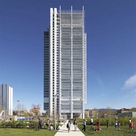 banco s paolo intesa sanpaolo skyscraper by renzo piano opened in turin