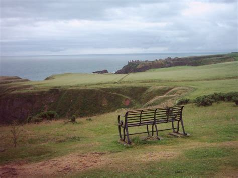 bench black hill stonehaven 169 katy walters cc by sa 2 0