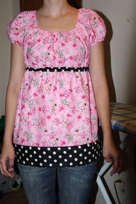 pattern free blouse mccalls 5050 peasant top sew sweetness