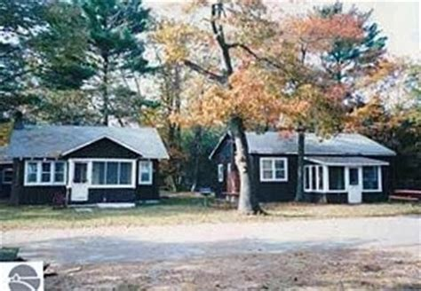 East Tawas Cabins by From City To Suburbia 968 N Us 23 East Tawas Mi 48730