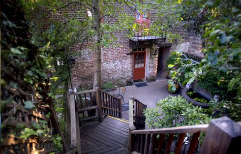 1000 images about chic shabby romantic courtyards on