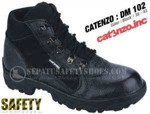 Cat Sepatu Semi Kulit toko sepatu safety dan sepatu gunung