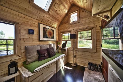 tiny house market how to choose the best tiny house builders from the market midcityeast