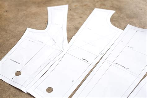 pattern drafting stretch fabric fitting a moulage cloth habit