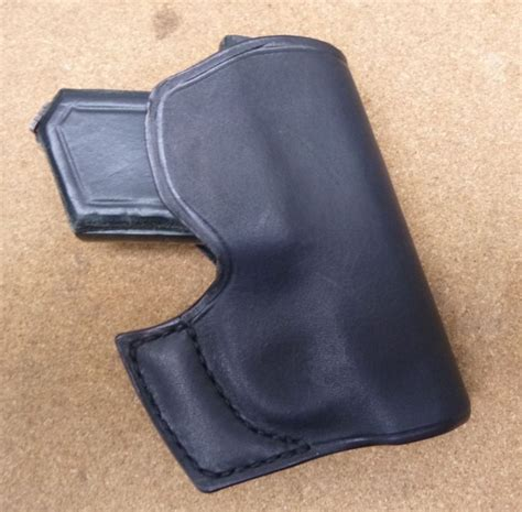 survival sheath holster 1000 ideas about leather holster on knife
