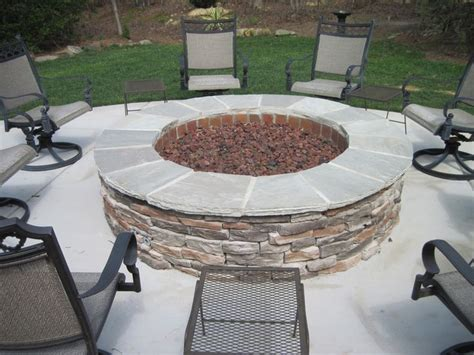 outdoor gas firepits best 25 gas pits ideas on gas table