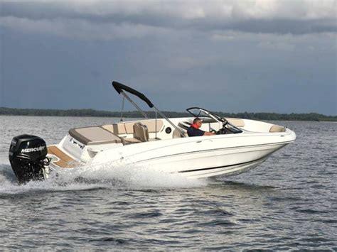 bayliner vr6 boat reviews bayliner vr6 review best bowrider boats