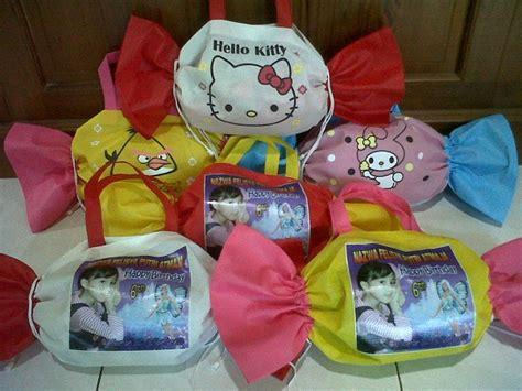 jual tas souvenir ulang tahun bentuk permen plus foto anak souvenir hania