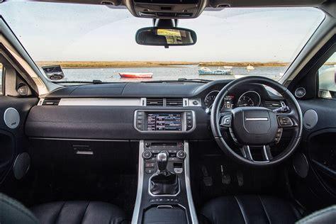 2015 range rover sunroof land rover discovery sport vs audi q5 vs jeep cherokee vs