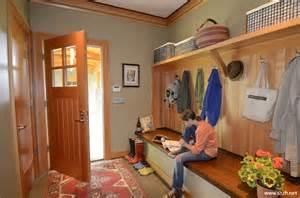 Home Plans With Mudroom 日式另类混搭多功能玄关鞋柜 上海装潢网