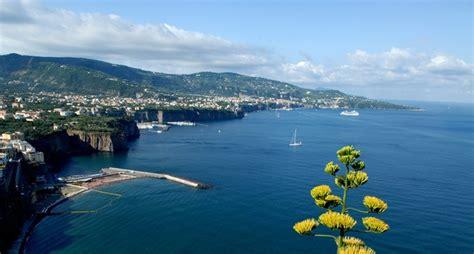 capitaneria di porto castellammare di stabia le associazioni per la legalit 224 incontrano il comandante
