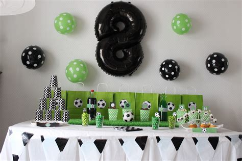 Decoration Anniversaire Football by Football Anniversaire Football Dans Tous