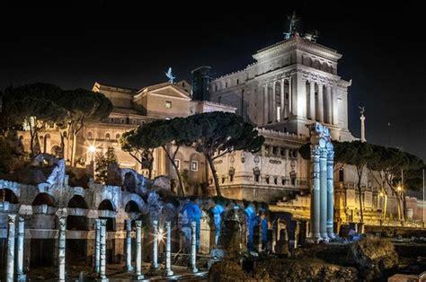 fori romani ingresso fori romani e l altare della patria foto di mercati di
