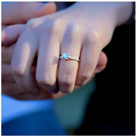 Ripleys Aquarium smokies Gatlinburg Engagement marriage
