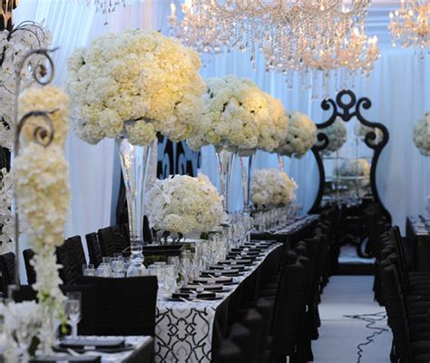 Black And White Striped Vase Long Wedding Table Ideas Belle The Magazine