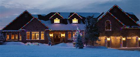 how to hang christmas lights outside how to hang outdoor christmas lights canadian tire