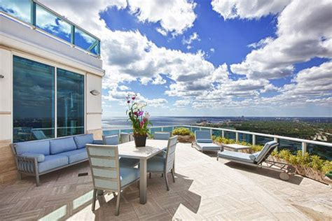 luxurious duplex 4 suites condo penthouse with roof pool pharrell williams stunning miami penthouse duplex can be