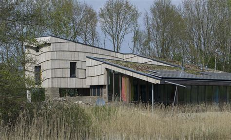 self sufficient house pieter brink archdaily