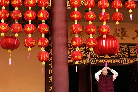 hsi lai temple new year peace lantern festival new year the year of the tiger l a now los