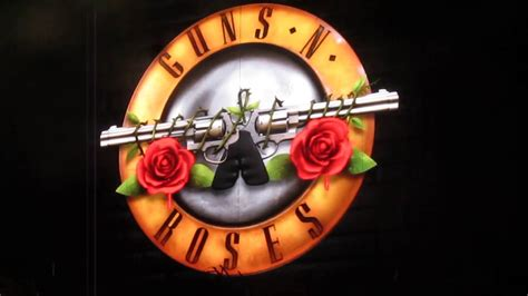 Guns N Roses Logo 1 guns n roses logo animation kansas city mo 06 29 2016