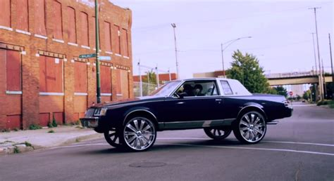 fredo santana has 80s monte carlo with 32 inch wheels